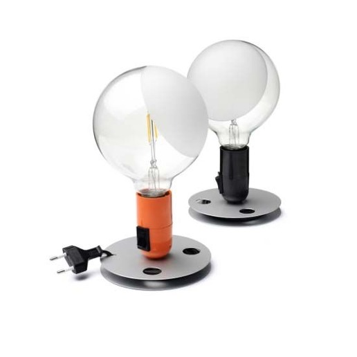 Flos catalogo listino prezzi offerte lampade e for Lampade da tavolo per ufficio